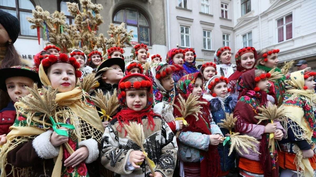 Колядки для дорослих – текст українських колядок на Різдво 2021