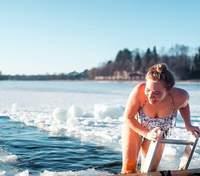 Оздоравливает ли купание на Крещение: советы, которые следует учесть