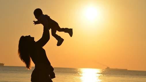 Найніжніше свято весни: коли в Україні відзначатимуть День матері-2021